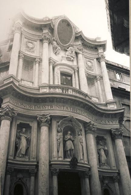 Borrominis kyrka San Carlo alle Quattro Fontane