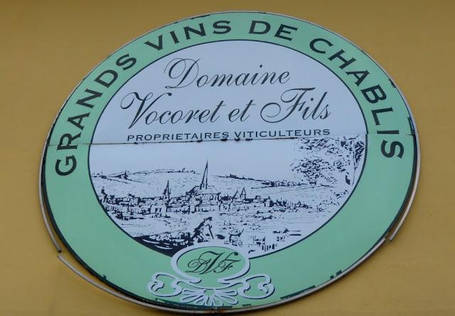 stad chablis, wijntoerisme, oenotoerisme,wijntoerisme chablis, wijnen, chablis grand cru, petit chablis, chablis premiere cru, vititours chablis, chablis, wijngaarden chablis,