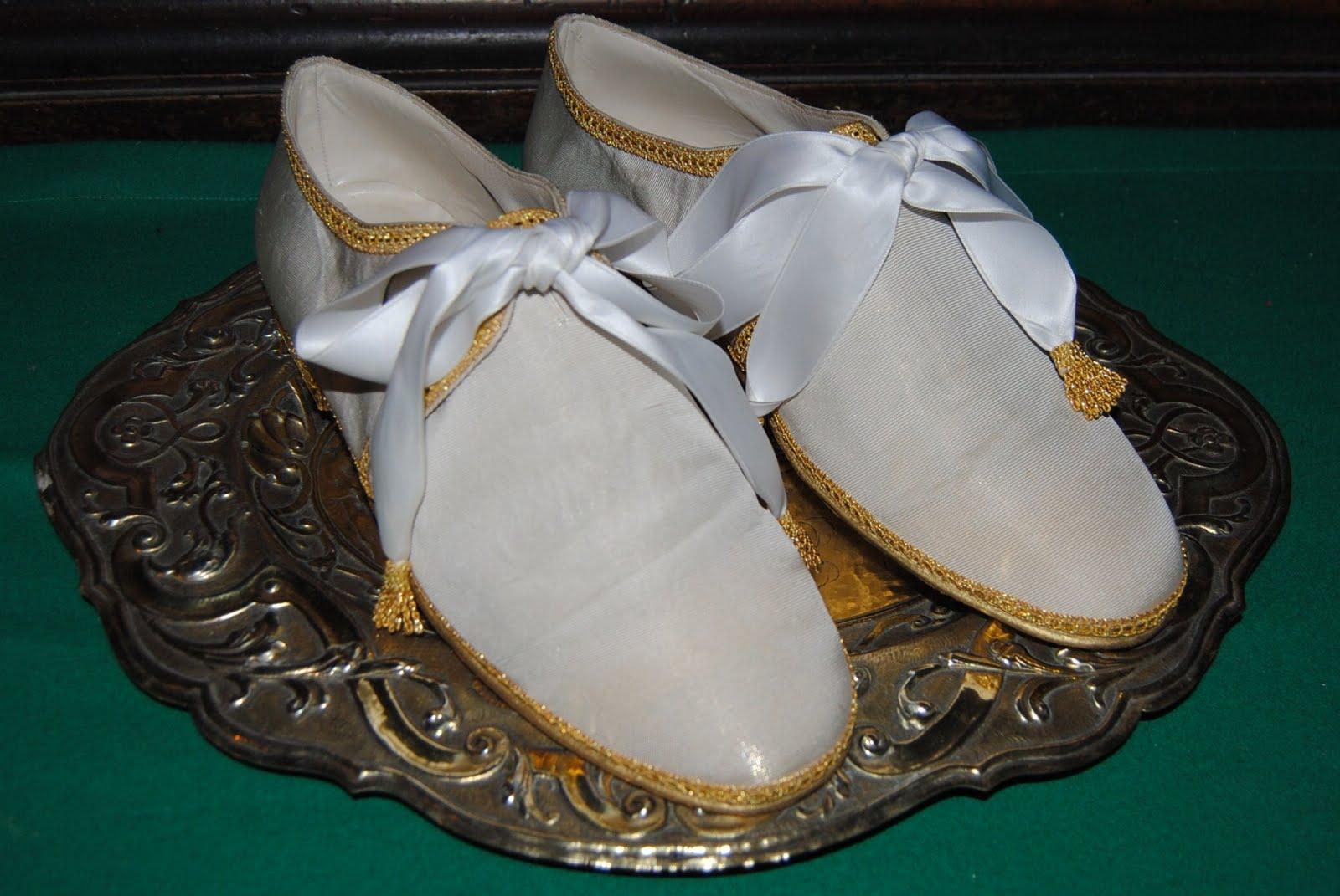 Orbis Catholicus Secundus: Sandals
