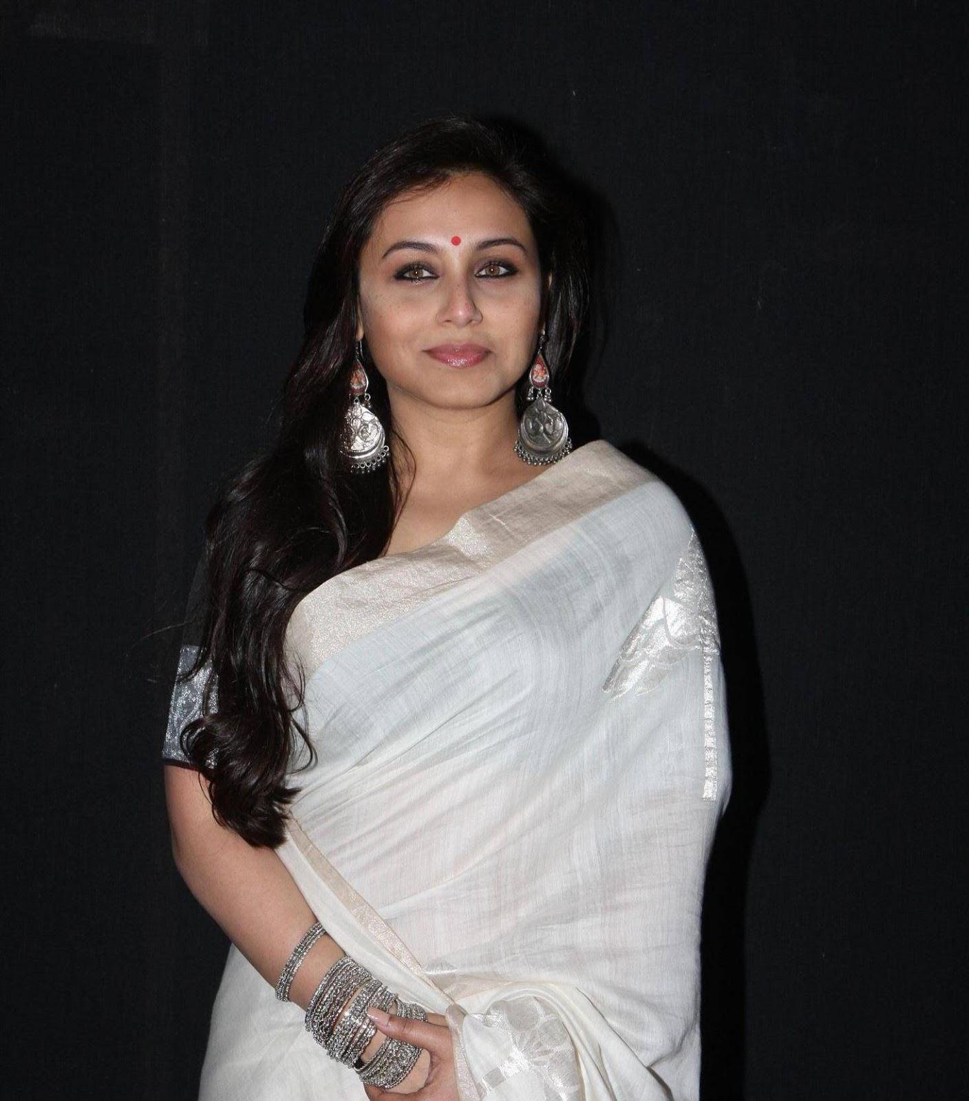 Rani: Rani Mukherjee White Saree Photos At Unveiling Of Yash
