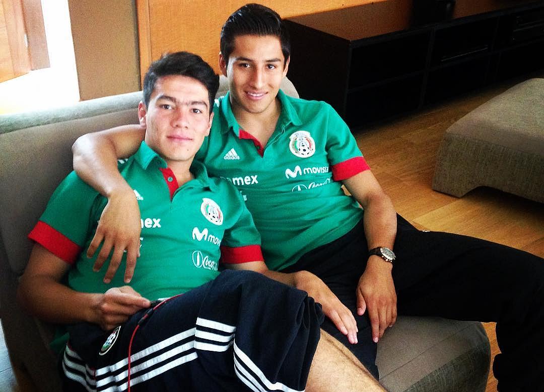 Carlos Cisneros con Michael Pérez.