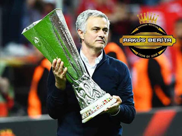 Mourinho : Sebuah Kehormatan Dapat Melawan Real Madrid
