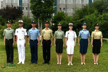 Новая летняя военная форма армии КНР