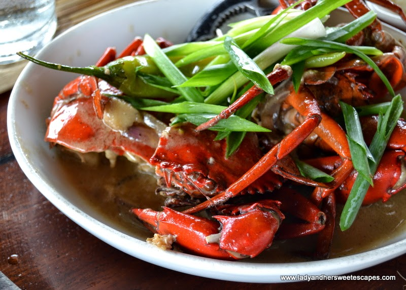 Badjao Seafront's crab in coco milk sauce