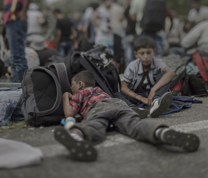 Photographer Reveals The Heartbreaking Places Syrian Refugee Children Sleep - Ahmad, 7 years old, Horgos/Roszke