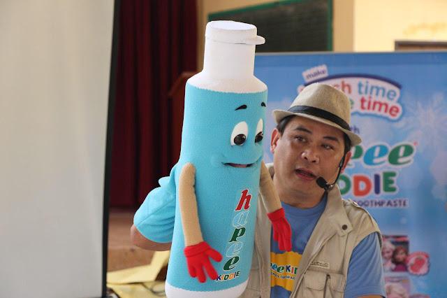hapee-kiddie-school-caravan-puppeteer-wanlu