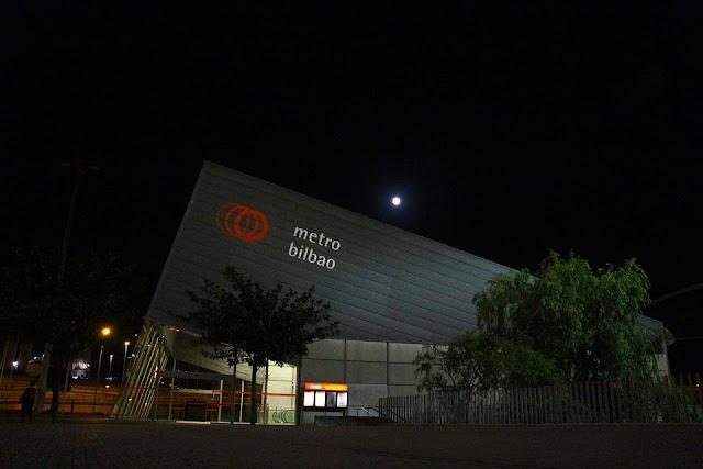 Estación de Metro Bilbao en Ansio