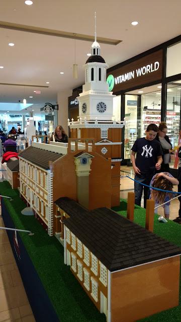 Індепенденс-холл побудований з LEGO
