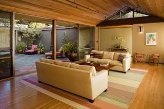 Desain Ruang Keluarga Menyatu Dengan Ruang Makan