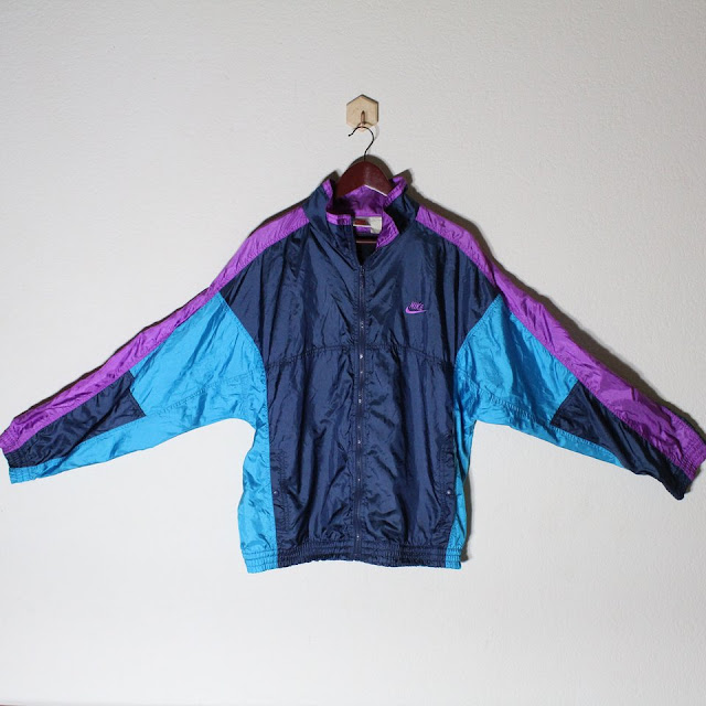 Vintage Nike Wind Breaker Jacket with Zipper