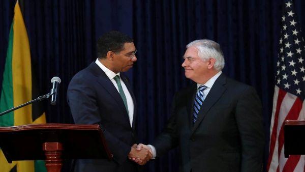 EE.UU. insiste en posibles sanciones al petróleo venezolano