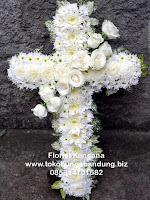 Bunga Salib Duka Cita di Bandung