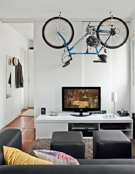 хранения велосипеда на потолке