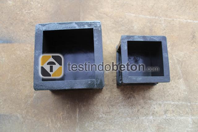 cetakan beton kubus hitam murah