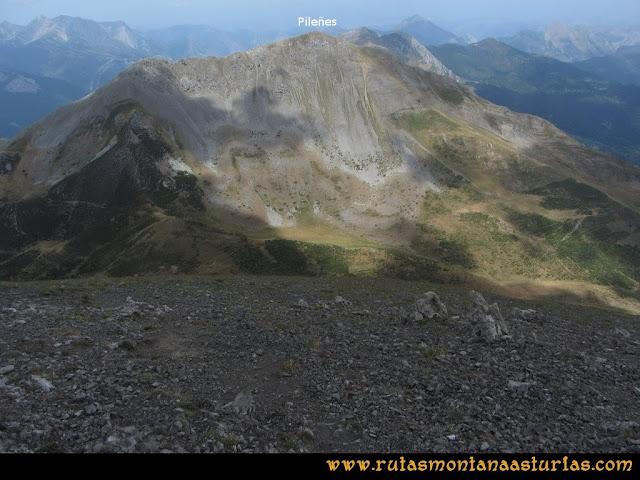 Ruta Ventaniella, Ten y Pileñes: Bajando del Ten al Collado de las Arriondas