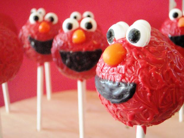 Paulipops Cupcakes & Elmo Cake Pops