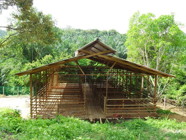 EMBUNPAGI Farm: Cara Membuat Kandang Kambing Yang Bagus