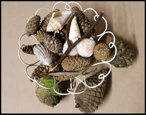 Natural materials to make into a table decoration