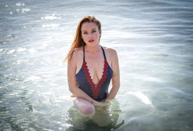 Lindsay Lohan – Wearing a swimsuit in Mauritius