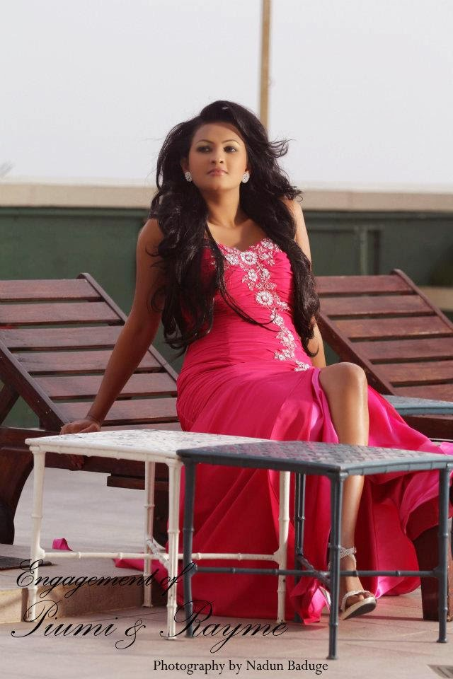 Sri Lankan Actress Hot