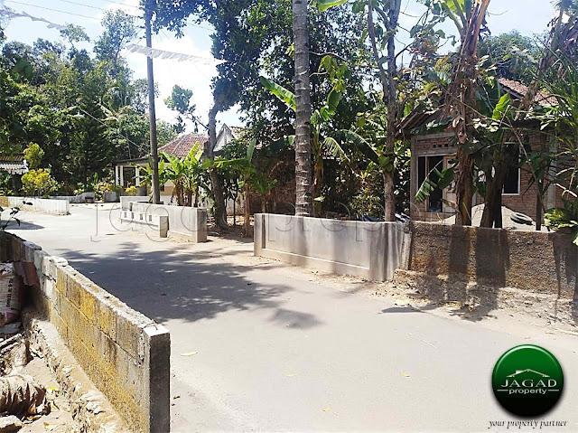 Tanah ada Bangunan dekat Pantai Parangtritis