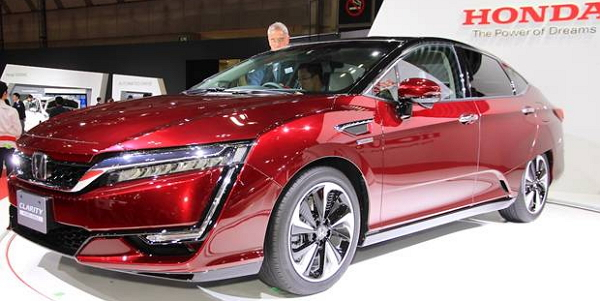 Tampilan-honda-clarity-fuell-cell-di-giias-2016