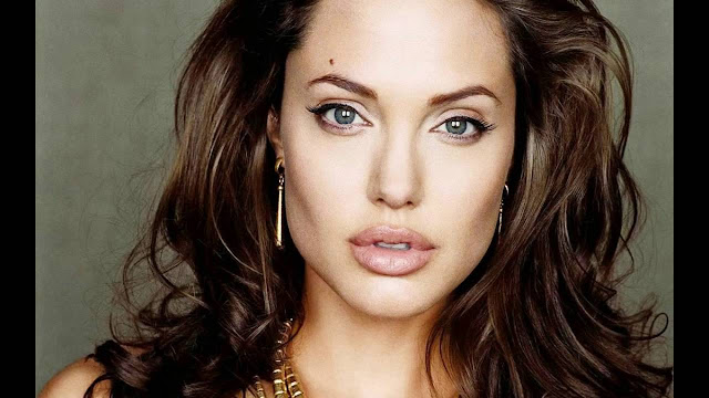 Angelina Jolie Measurements, Height, Weight,Bra Size