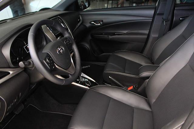 Toyota Yaris XLS 1.5 Automático 2019 - espaço interno