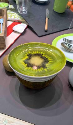 freche Früchte Schüssel Kiwi Orange Kokosnuss