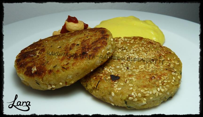 http://cucinaconlara.blogspot.it/2014/11/burger-di-melanzane.html