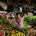 TOGO-REPORTAGE: PROBLEMATIQUE DE LA MEVENTE A LOME: LES REVENDEUSES DE FRUITS; LES PLUS GRANDES VICTIMES?