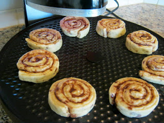 Presto Pizzazz Plus Cinnamon Rolls - before.