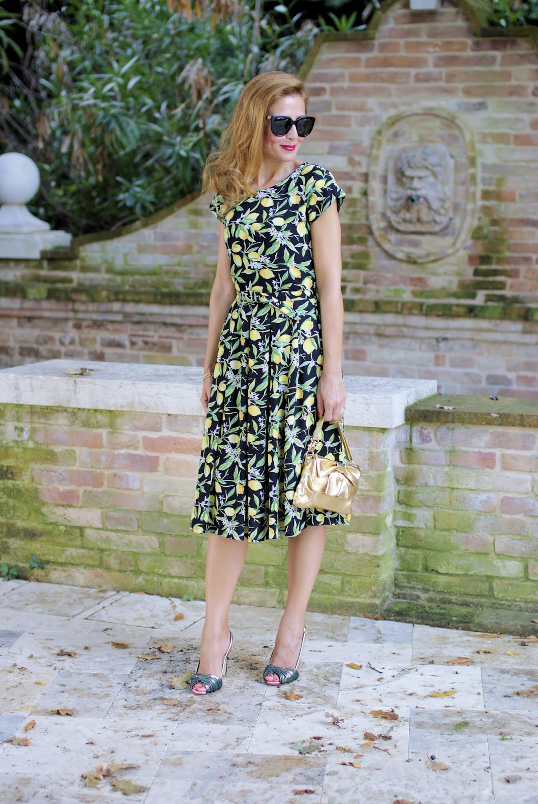 Lemon print dress for a ladylike outfit and Giancarlo Paoli heels on Fashion and Cookies fashion blog, fashion blogger