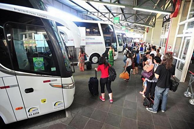 Jovens de baixa renda podem viajar de graça pelo Brasil
