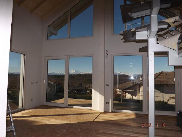 casa di legno vetrata