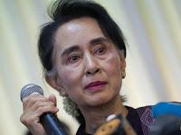 Suu Kyi, Nasionalisme Buta, Racun Demokrasi
