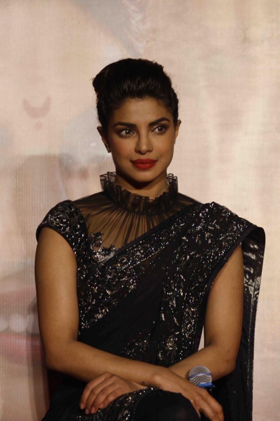Priyanka Priyanka Chopra Hot Stills At Party In Black Saree