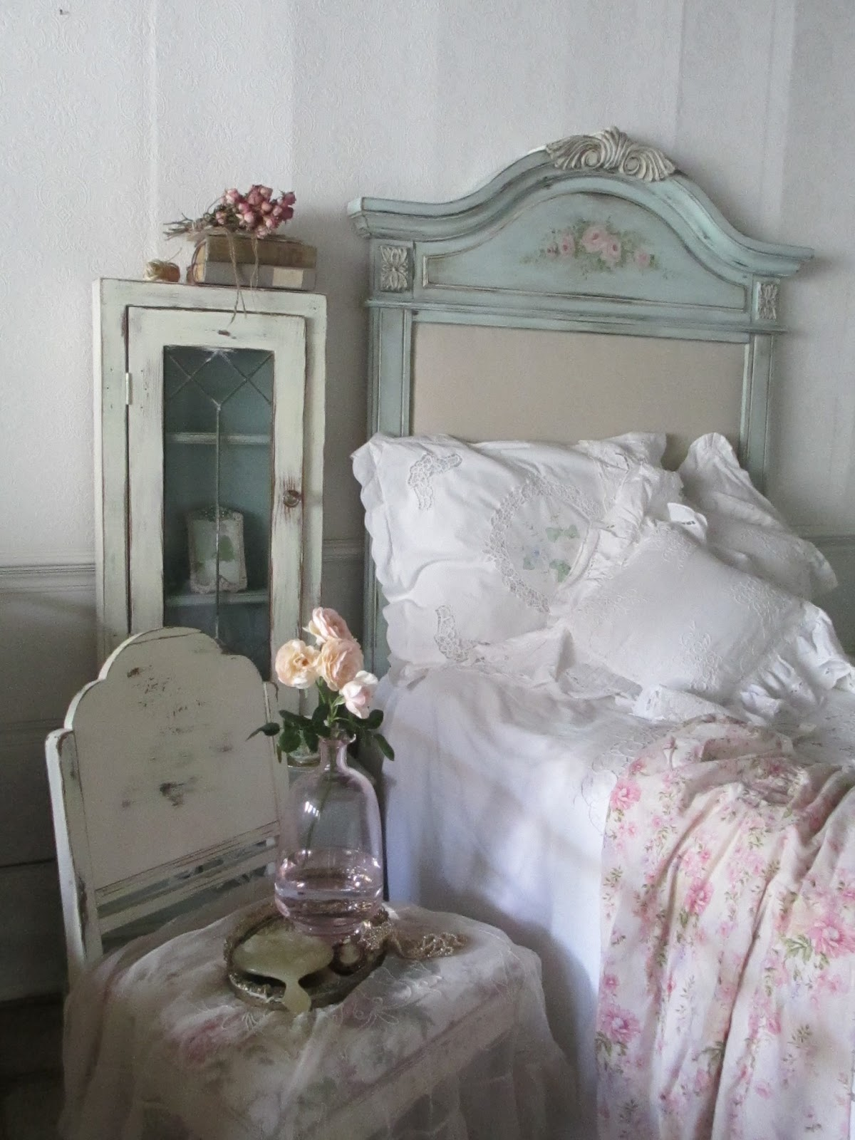 my place 4 tea trash to treasure headboard. Black Bedroom Furniture Sets. Home Design Ideas