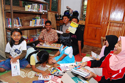 Penyediaan Perpustakaan Desa Untuk Masyarakat