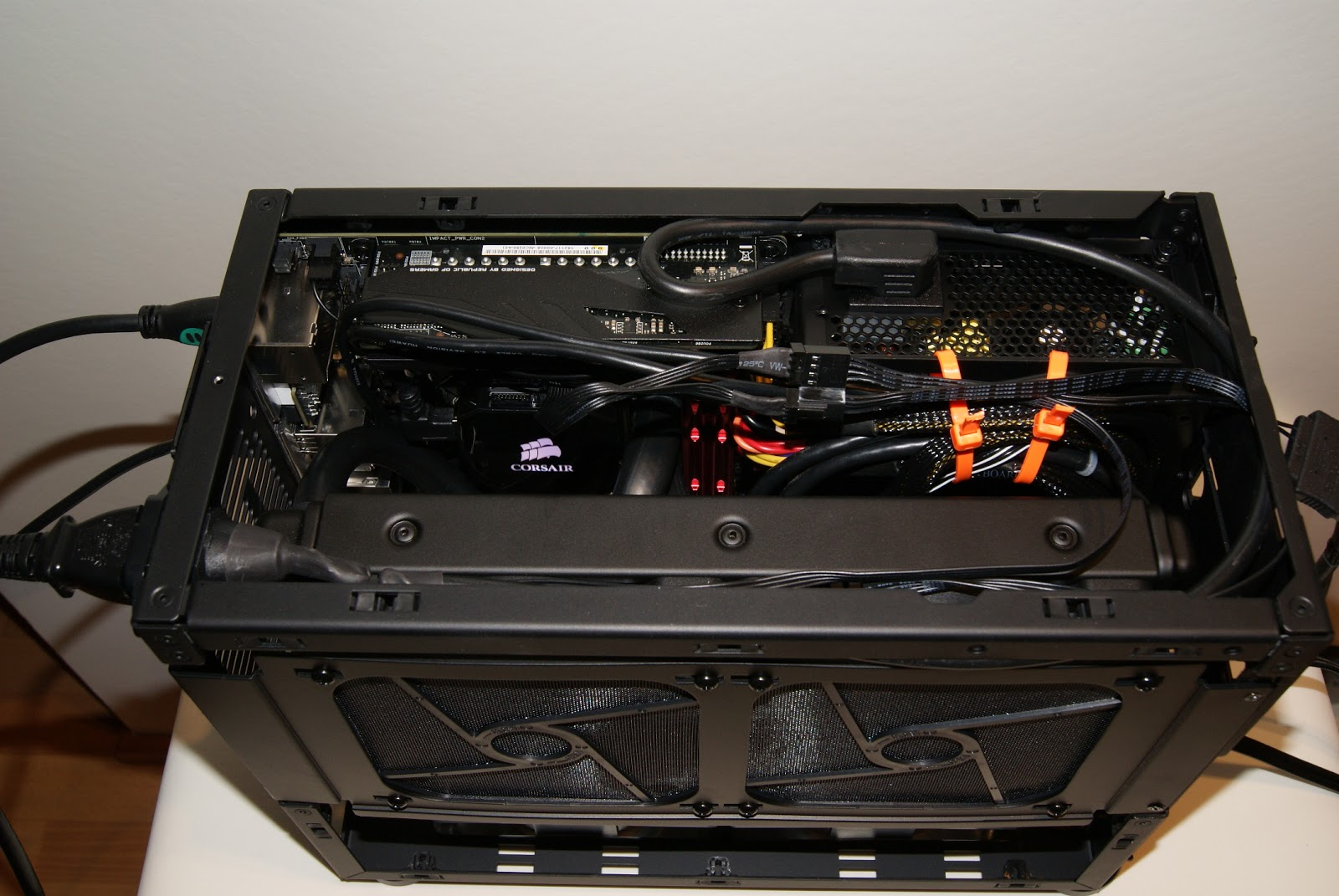 Caja Mini-ITX, Minimax PC, mini tamaño máximo rendimiento