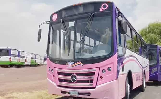 Autobús, pasajeros, viajes