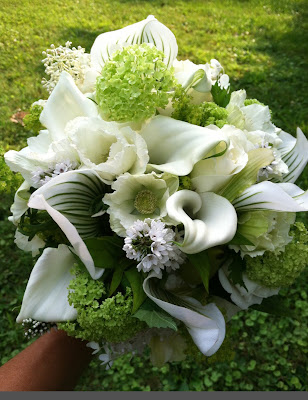 wedding bouquet white green