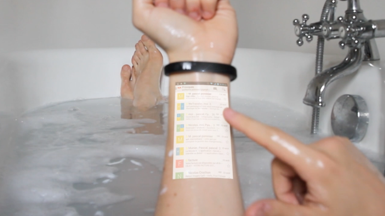 Cicret Bracelet let you use your smartphone on your Arm. Play games read