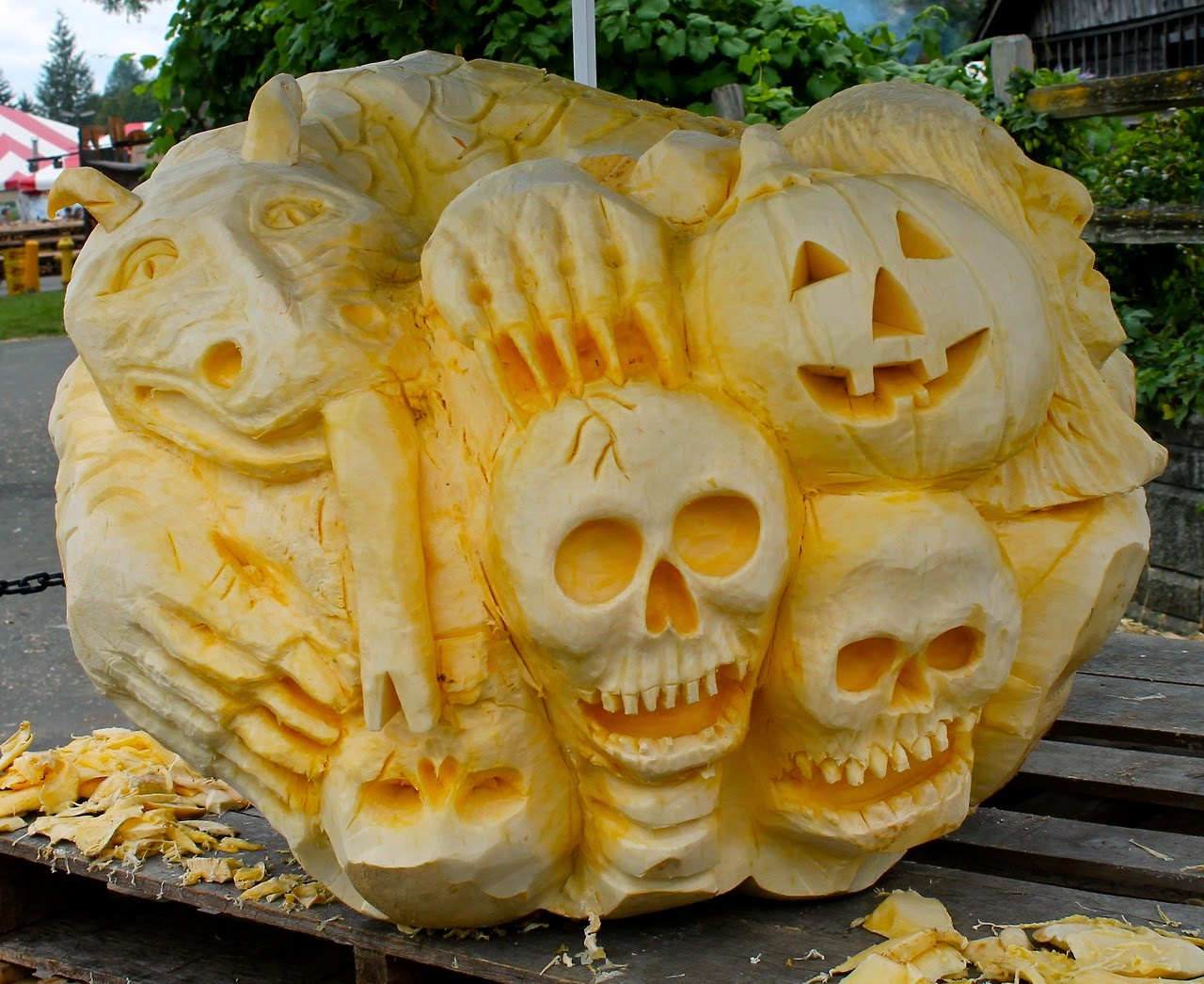 Scary Intricate Pumpkin Carving
