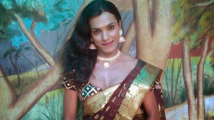 Sexy crossdresser in saree
