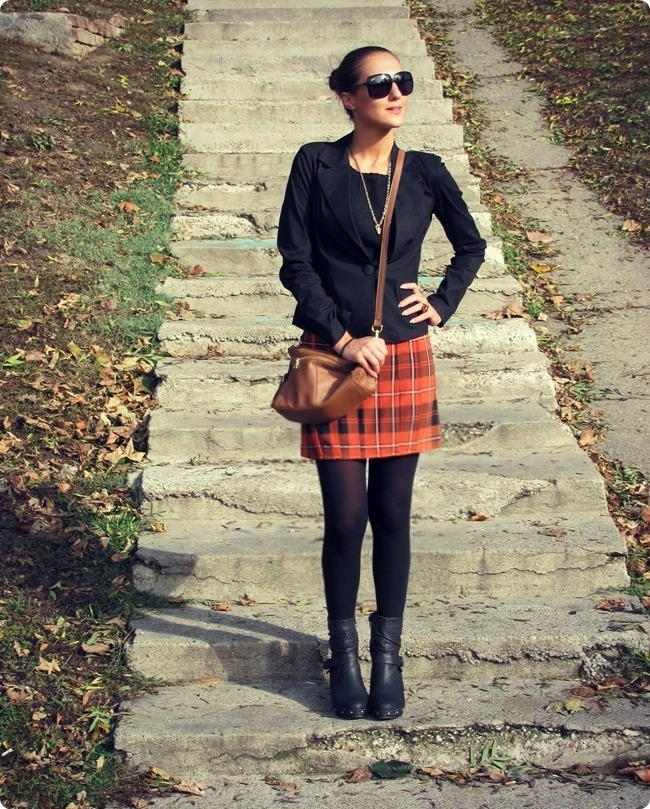 best fall looks with mini plaid skirts