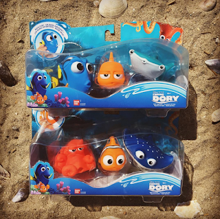 finding dory bath toys squirters