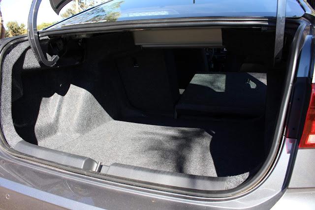 Virtus Comfortline TSI Automático - porta-malas