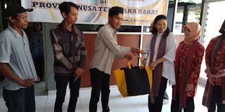 <b>Menteri ESDM Serahkan Bantuan Bencana Gempa Lombok</b>