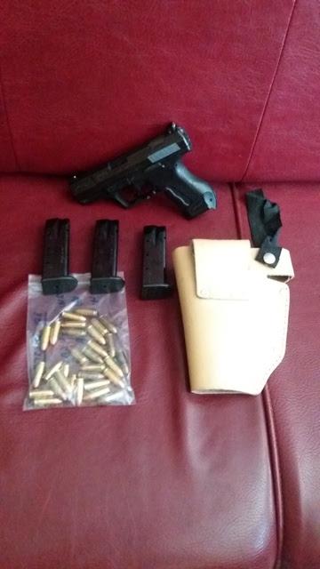 Συνελήφθη 34χρονος με κλεμμένο πιστόλι και γεμιστήρες με φυσίγγια